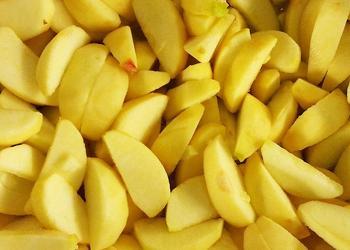 Apfelsegmente ohne Schale