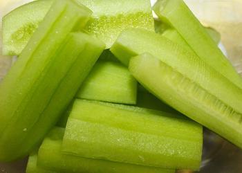 Gurken Sticks ohne Schale